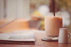 カフェのテラスの画像